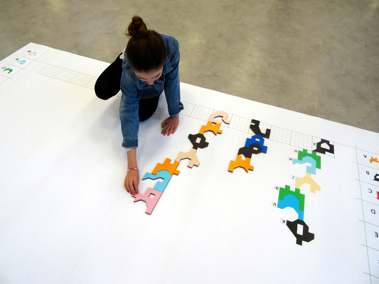 jeu sur le tapis d'Alphabula